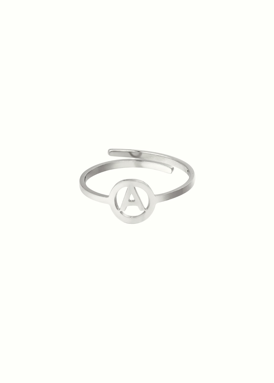 Initiaal ring A